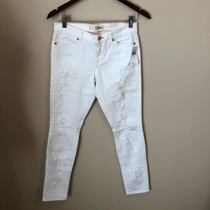 NWT Dittos white skinny mid rise jeans size 28